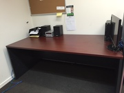 Selling used office furniture (in very good condition)